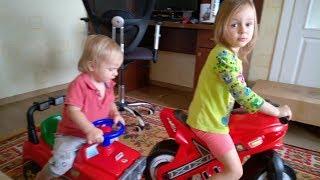 гонки дома: мотоцикл MX против джипа 4х4 (