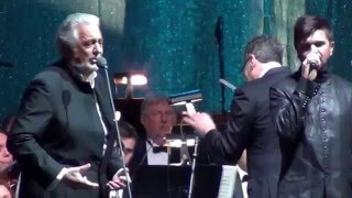 Duo de Placido Domingo y Juanes - Volver