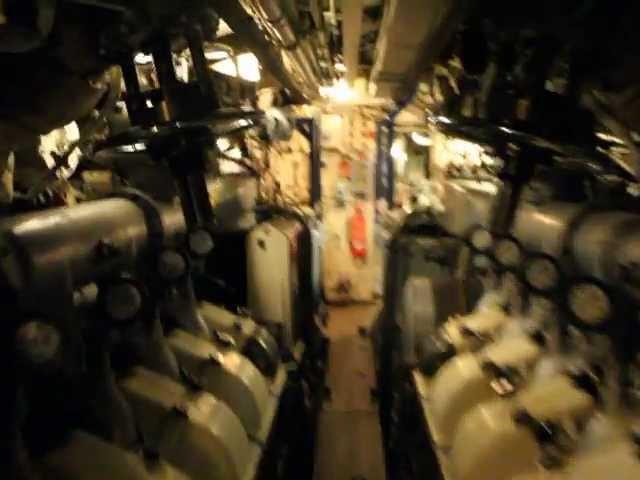 Okr?t podwodny - H.M.S. OTUS wn?trze