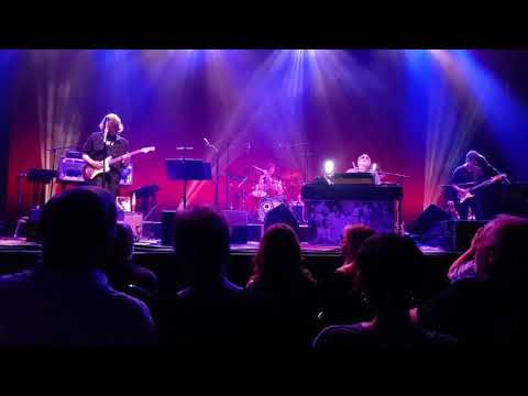 Donald Fagan and the Nightflyers (Steely Dan) Dirty Work 08/22/17 Louisville Palace
