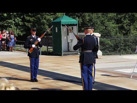 Arlington National Cemetery and the Changing of the Guard at the Tomb of the Unknown Soldier