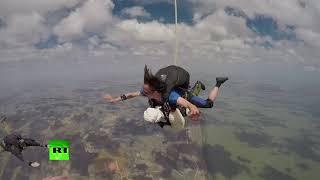 102yo woman sets skydiving record