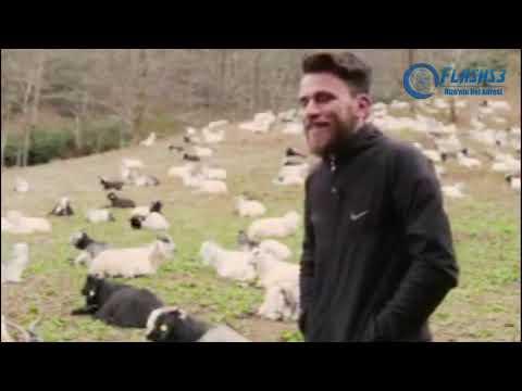 Keçilere Türkü Söyleyen Çoban - Armutun dali uzun