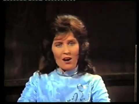 Loretta Lynn-Blue Kentucky Girl