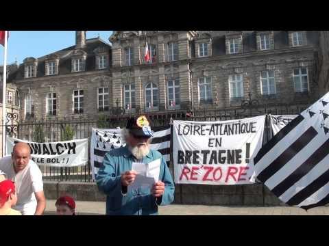 Bretagne Reunie et Bonnet rouge à Vannes