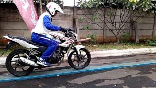 Download Video Papan keseimbangan narrowplank instruktur safety riding Honda Ady Jotos MP3 3GP MP4