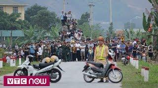 Ngán ngẩm với thói hiếu kỳ của người Việt | VTC1