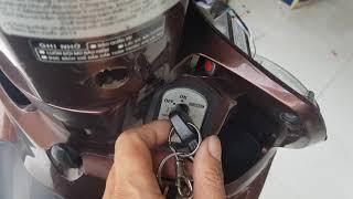 Chống trộm xe máy cảm ứng tay dùng cho ô khóa có 2dây