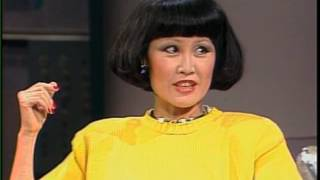 """Yue-Sai Kan (""""hump of a camel"""") on Late Night, August 27, 1987"""