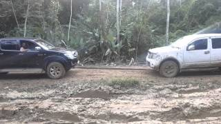 Nissan Navara D40 vs Toyota Hilux- Trinidad