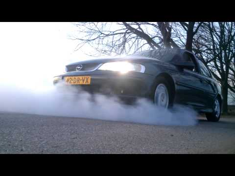 Burnout Opel Vectra 1.6