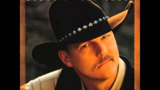 Watch Trace Adkins Hold You Now video