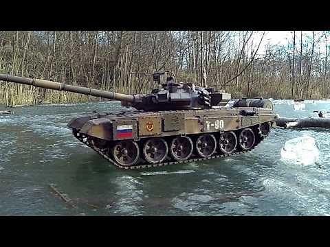 Heng Long T90 Tank on ice patrol