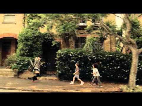 上野樹里 イーハイフン CM スチル画像。CM動画を再生できます。