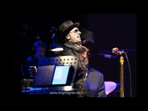 Van Morrison - Queen of The Slipstream