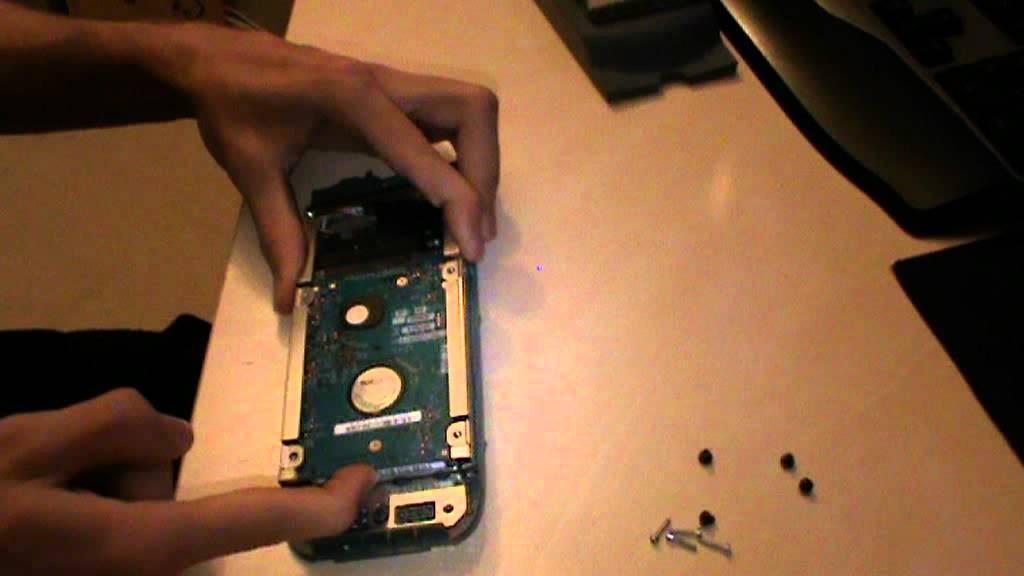Tutorial desmontar HDD xbox 360