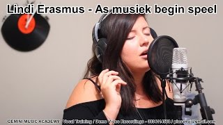 "Lindi Erasmus singing ""As musiek begin speel"""