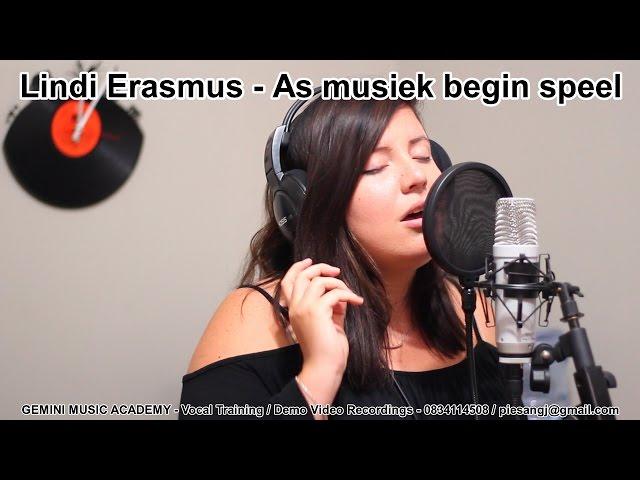 Lindi Erasmus singing As musiek begin speel