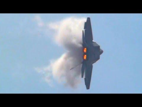AGGRESSIVE F-22 RAPTOR !!!