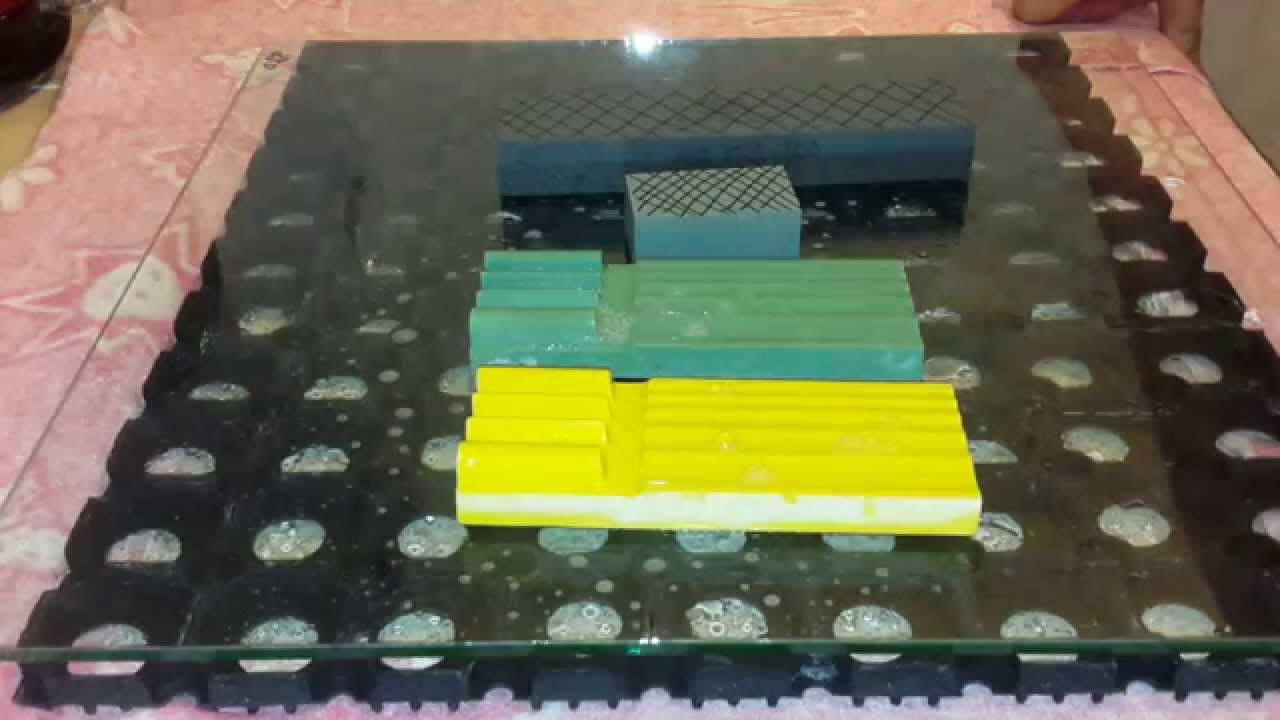Шлифовальные круги можно править брусками из зеленого карбида кремния на керамической связке, зернистостью f14-f36 (125-50), твердостью r, s, t. Для правки алмазных кругов (возможно и эльборовых) на керамической и металлической связке, зернистость бруска должна быть примерно такой же,