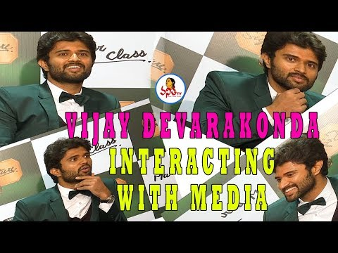 Vijay devarakonda's Signature Master Class | Vijay Superb Answers | Vanitha TV