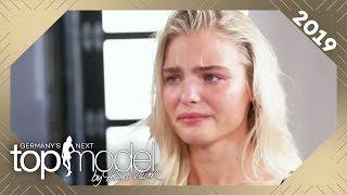 Sarah bricht beim Sedcard-Shooting in Tränen aus! Geht Heidi zu weit? | GNTM 2019 | ProSieben