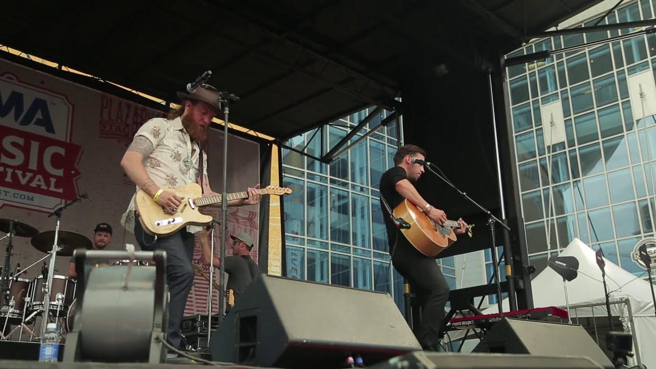 brothers-osborne-stay-a-little-longer-live-at-cma-music-festival-brothers-osborne