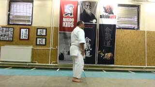 ikkyo undo/ 2directions  zengo két irány [TUTORIAL] Aikido empty hand basic technique