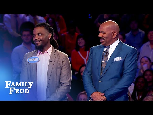 Michael's face when he sees Teberina's answers is priceless! | Family Feud