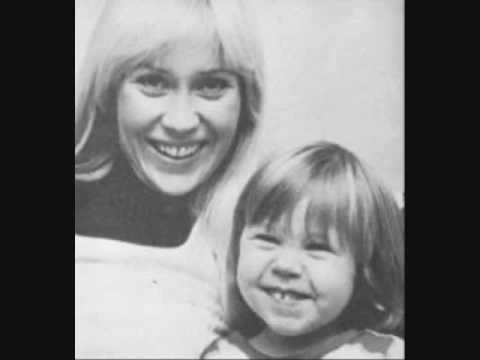 Agnetha Faltskog & Linda Ulvaeus Bjallerklang (Jingle Bells)