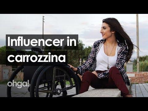 """Laura Miola, la mamma in sedia a rotelle diventata su Instagram una """"influencer di positività"""" thumbnail"""