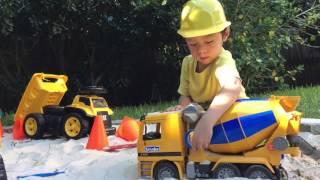 Будівництво Іграшка Бетономішалка. #brudertruck