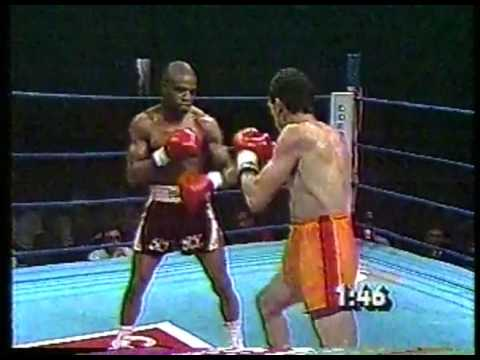 Boxing - 1984 Junior Lightweight Bout - Rocky Lockridge VS Dennis Cruz imasportsphile.com