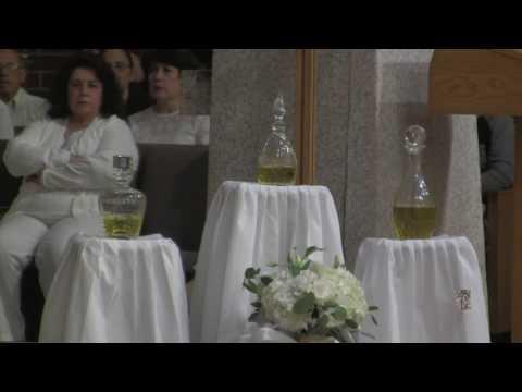 st.-bernard-church-celebrates-holy-thursday