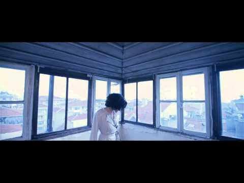 Ceylan Ertem - Kaçıncı Yarın (Acımasız Şarkı)