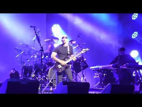 Joe Satriani - Shockwave Tour - Flying in a Blue Dream - Nantes FR