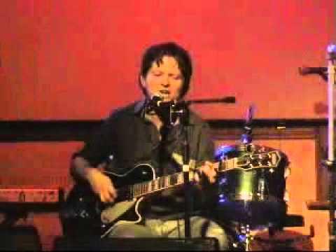Glenn Richards - Bottle Baby (live in Newcastle, Australia 2005)