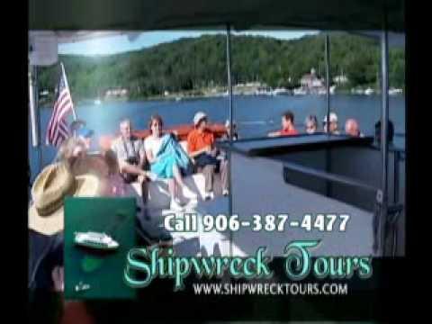Glass Bottom Boat Shipwreck Tour in Munising.wmv