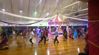 Auckland Gandhi hall garba 2015 day 2