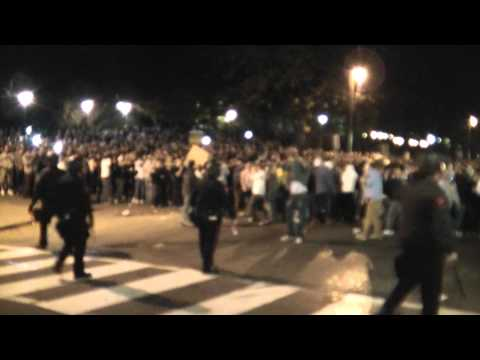 PENN STATE RIOT - COPS SURROUNDED BY STUDENTS
