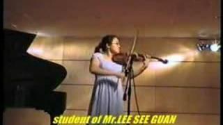 Violin Chinese piece 庆丰收 Leow Ruen Shan.  Malaysia