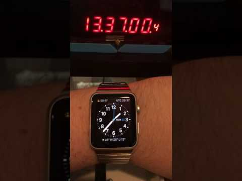 Apple Watch: Accuracy comparison with GPS reference clock (240fps slow-mo)