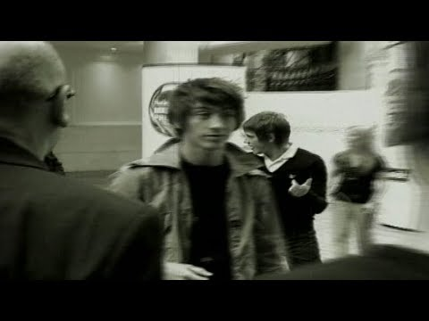 Arctic Monkeys Behind The Music 2007 (Documentary - Part 1/3)