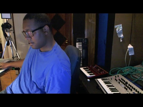 Another science experiment in music production. Korg Minilogue