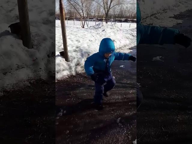 Изображение предпросмотра прочтения – ИгнатийАнистратенко читает произведение «Весенние воды (Еще вполях белеет снег…)» Ф.И.Тютчева