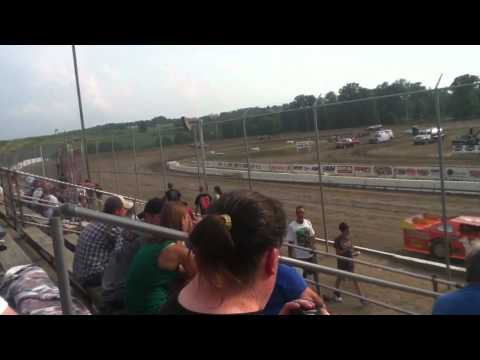 Lucas Oil Late Model at Muskingum County speedway hotlap #1