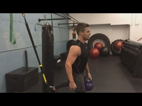 Stephen Amell Workout Routine 2017