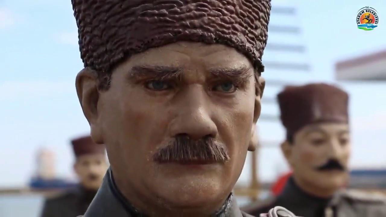 Cumhuriyet demek; Mustafa Kemal Atatürk demek.