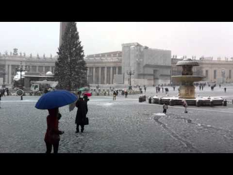 VATICAN CITY  SNOW IN ROME 04/02/2012  IMG_5406.MOV