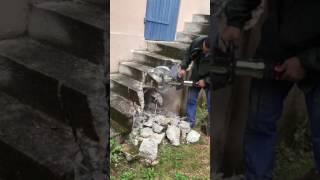 PINCE A BETON PORTABLE EPAISSEUR 30CM vidéo
